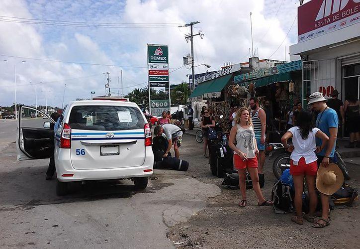 Taxistas integrantes del Sindicato 'Roberto Borge Angulo' se sienten tranquilos respecto a la competencia en el servicio. (Javier Ortiz/SIPSE)