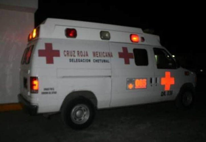 Los paramédicos informaron que el hombre falleció de manera instantánea. (Redacción/SIPSE)