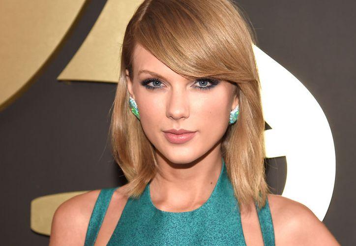 Taylor Swift le hizo un gran regalo a una fanática. (Contexto/Internet)