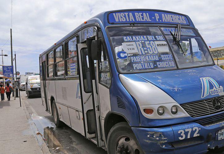 El incremento de la tarifa impacta a todos los estratos de la sociedad en Cancún. (Foto: Jesús Tijerina)