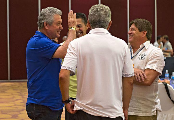Buscan ampliar el periodo de transferencias para los jugadores mexicanos. (Foto: Marca)