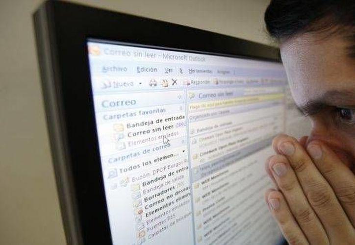 La CFE advierte sobre un correo falso cuya intención en suplantar identidades. (elmetropolitanodigital.com)