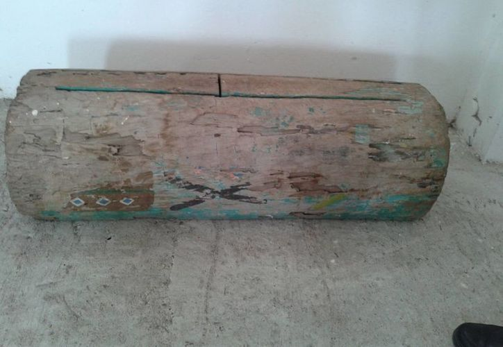 El tunkul emite un sonido seco y similar al que sale desde una caja de resonancia cuando sus dos teclas son golpeadas con dos palos en forma de baquetas. (aguilaosol.mx/Foto de archivo)