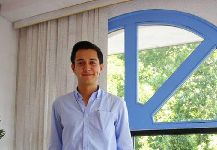 Alan Javier Contreras es el director administrativo y cofundador de una empresa constructora llamada Calvet. (Milenio Novedades)