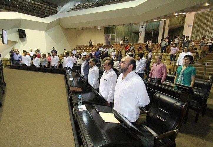 Diputados pusieron en marcha este viernes nuevo periodo ordinario de sesiones en el Congreso de Yucatán. (SIPSE)