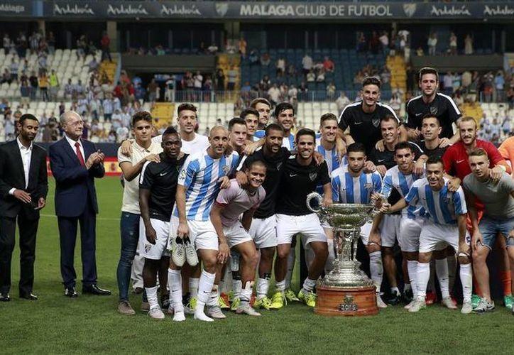 El Málaga logró imponerse en la trigésima primera edición del trofeo Costa del Sol al ganar al Lekhwiya, Campeón de Catar, por 2-0, en un encuentro donde los malaguistas dispusieron de numerosas ocasiones. (malagacf.com)