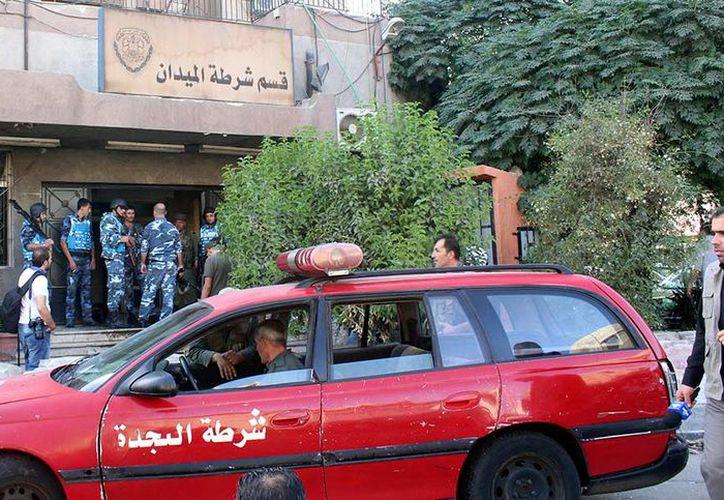 Un atentado perpetrado por un grupo armado de terroristas dejó 16 muertos en Damasco. (Reuters).