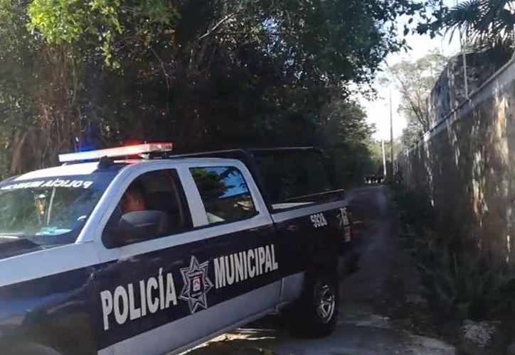 La zona fue acordonada por las autoridades para realizar las investigaciones correspondientes. (Luis Hernández/ SIPSE)