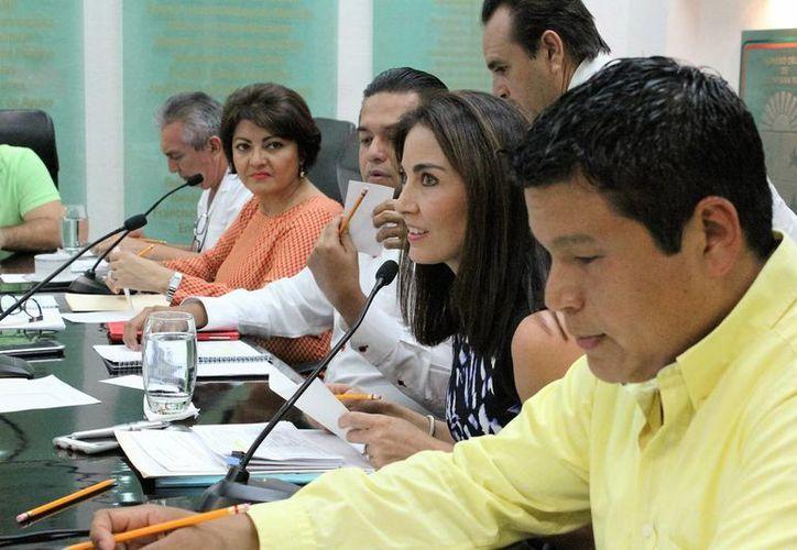 Los principales cuestionamientos fueron en torno a la venta que realizó en el mes de julio. (Carlos Horta/SIPSE)