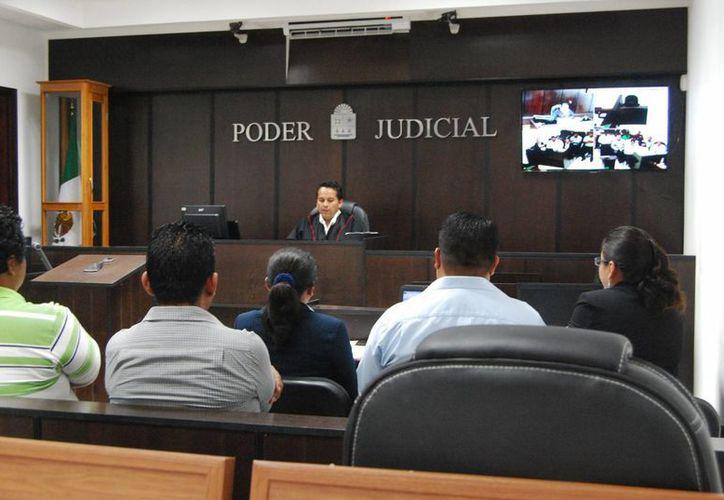 El diplomado sobre Juicios Orales y Derechos Humanos será gratuito en coordinación con la Uqroo. (Harold Alcocer/SIPSE)