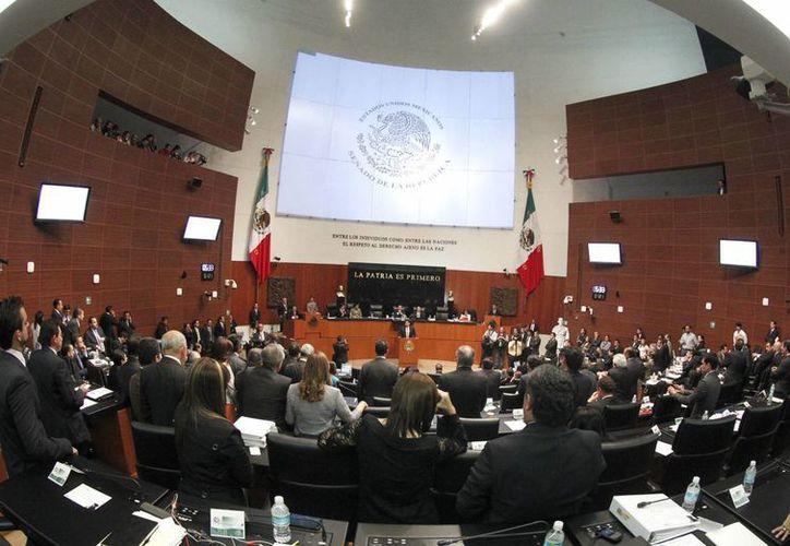 El pleno de la Cámara de Senadores durante una sesiones. (Archivo/Notimex)