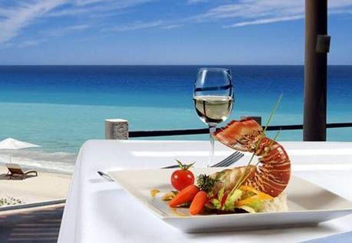 Los restaurantes de Cancún manejan platillos de la cocina mexicana e internacional. (Contexto/Internet)