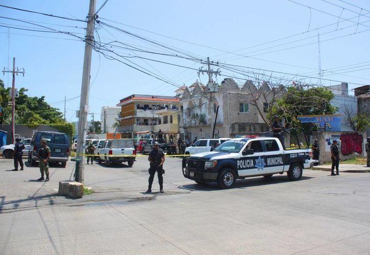 La movilización policíaca empezó a las 11 de la mañana. (Daniel Pacheco/SIPSE)