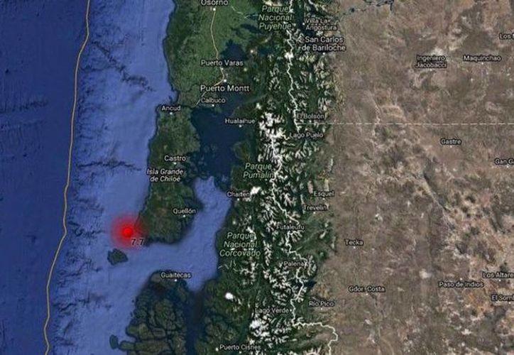 El sismo se sintió a las 11:01 hora local (14.01 GMT) y su epicentro se localizó a 28 kilómetros al suroeste de Quellón. (eltribuno.info)