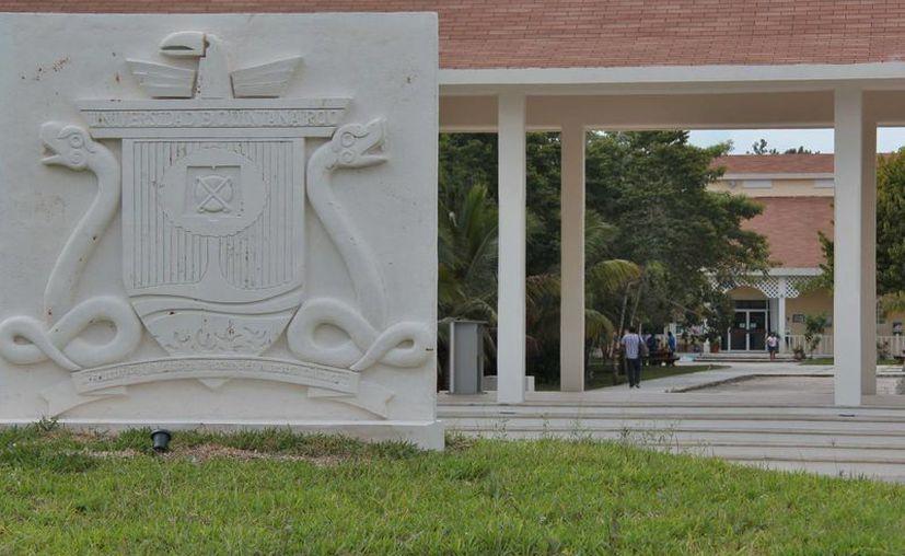 El DDS es el primer doctorado de la Unidad Académica Cozumel de la Uqroo. (Gustavo Villegas/SIPSE)