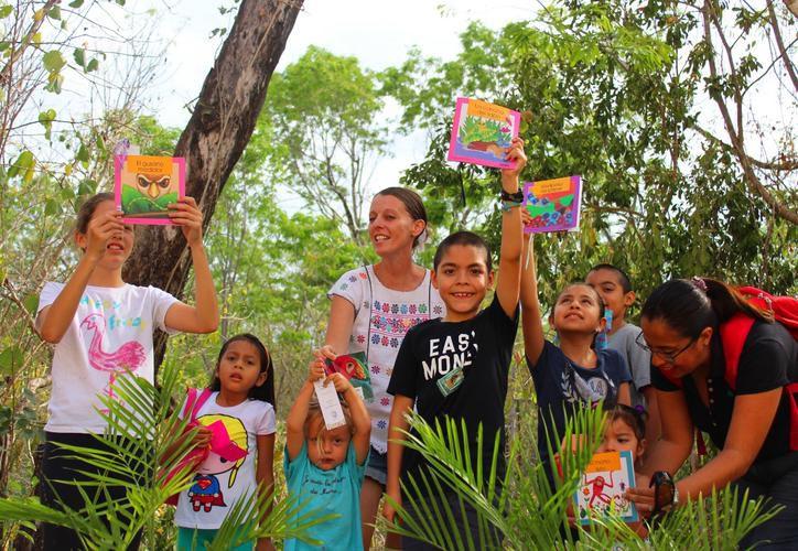 """Hay libros para todas la edades y gustos, en el evento """"Libros libres"""". (Foto: Redacción/SIPSE)"""