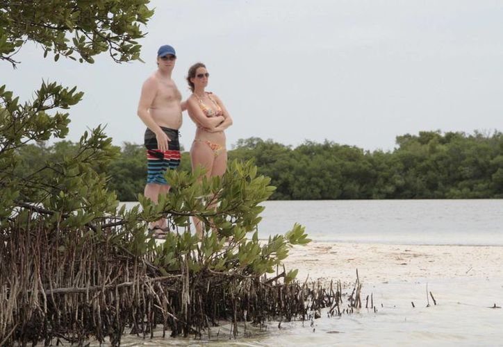 Actualmente en isla Holbox hay 56 hoteles que reúnen 589 cuartos aproximadamente. (Tomás Álvarez/SIPSE)