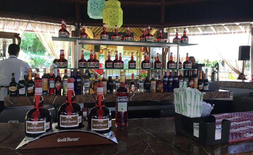 El concurso de bartenders se llevó a cabo en el Nektar at Vidanta. (Foto: Facebook)