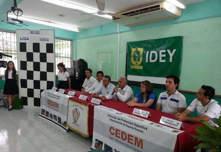 La Liga de Ajedrez se realiza en la Secundari Federal 5. (Milenio Novedades)