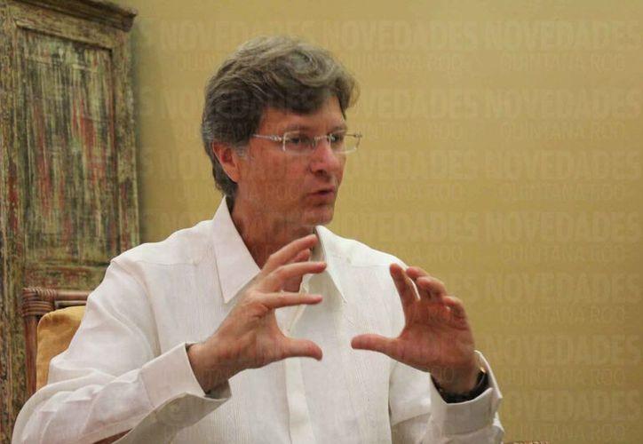 El secretario federal de Turismo, Enrique De la Madrid Cordero, dijo que es importante mantener la imagen de un destino seguro. (Adrián Barreto/SIPSE)
