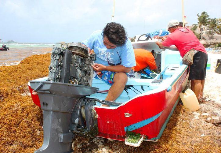 Se concentran en el mantenimiento de los motores para evitar mayores daños.  (Daniel Pacheco/SIPSE)