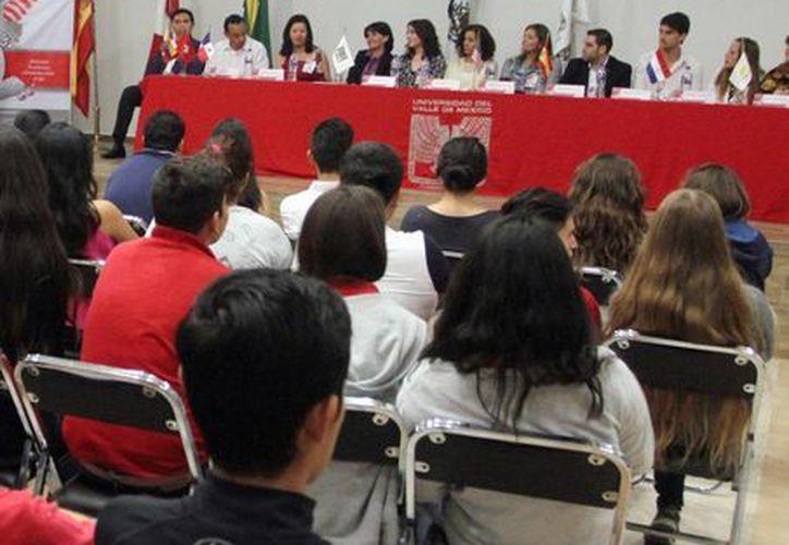 La UVM organizó el Encuentro Internacional Laureate 2016, en el que participaron más de dos mil 500 estudiantes de la Universidad del Valle de México (UVM). (Amílcar Rodríguez)