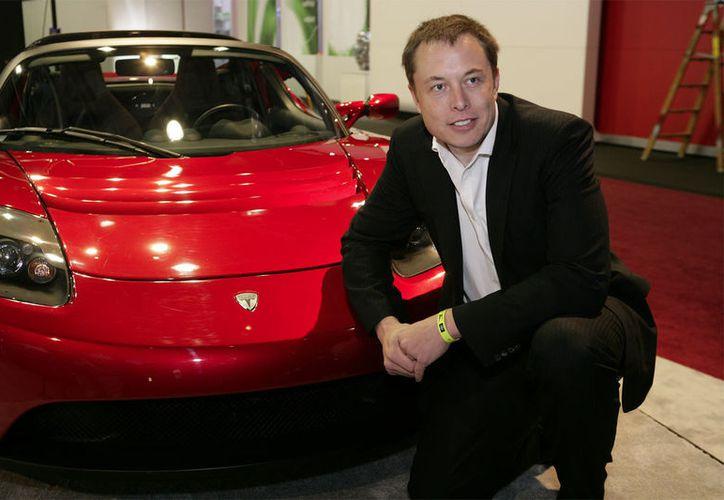 Elon Musk ha tenido unos momentos difíciles, lo que ha provocado preguntas sobre si tiene el temperamento para seguir liderando a Tesla. (Foto: Teslarati)