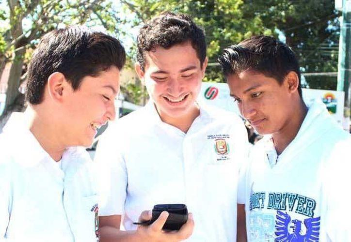 El parque de la colonia Tumbenká ya cuenta con señal libre de internet. (Cortesía)