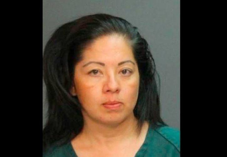 La mujer, Irma Navarro, de 37 años de edad, es madre de tres hijos. (Policía de Santa Ana)