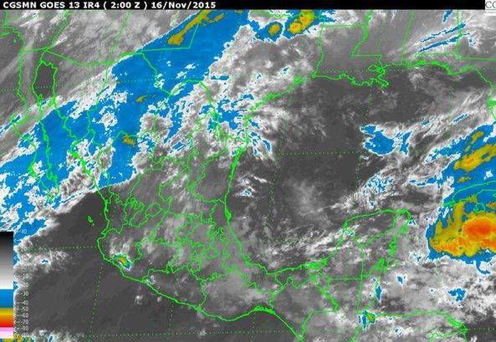 El descenso de temperatura comenzará hoy en el norte del país debido al ingreso del frente frío número 13 sobre el norte de Baja California. (smn.cna.gob.mx)