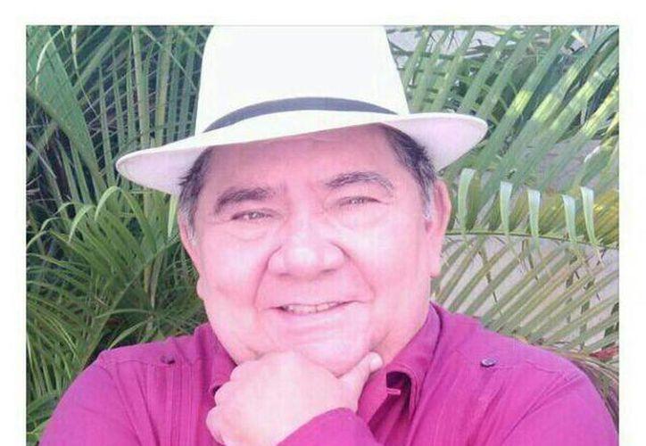 Don Mario Herrera garantiza la sana diversión a los asistentes a la obra 'Otro Niño de Umán'. (Cortesía)