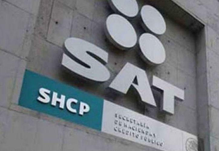 SAT deberá entregar cuentas al INAI. (Foto: Proceso)