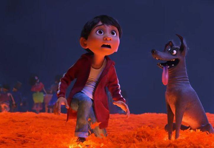 En la película, Miguel visita la impresionante y colorida Tierra de los Muertos. (Foto: Contexto/Internet)
