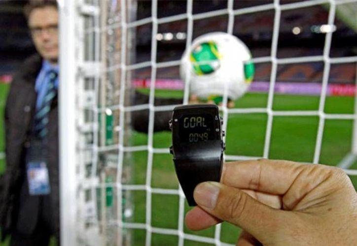La FIFA utilizó el sistema GoalControl en la Copa mundial de 2014. El sistema Ojo de Halcón es otra de las tecnologías más utilizadas en las ligas europeas.(AP)