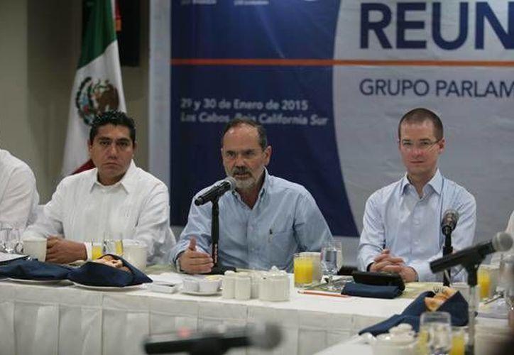 Gustavo Madero encabezó la reunión plenaria de los senadores panistas en Los Cabos, Baja California Sur. (pan.org.mx)