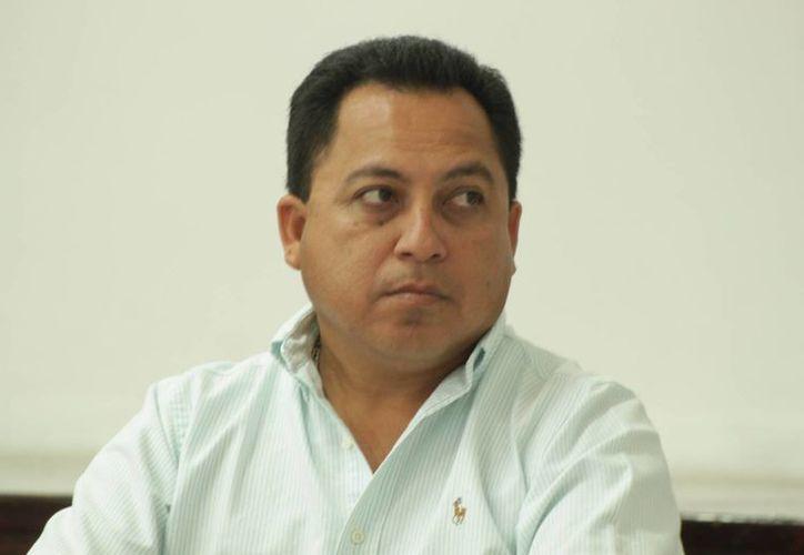 """El secretario general del Sindicato de Taxistas """"Lázaro Cárdenas del Río"""". (Adrián Barreto/SIPSE)"""