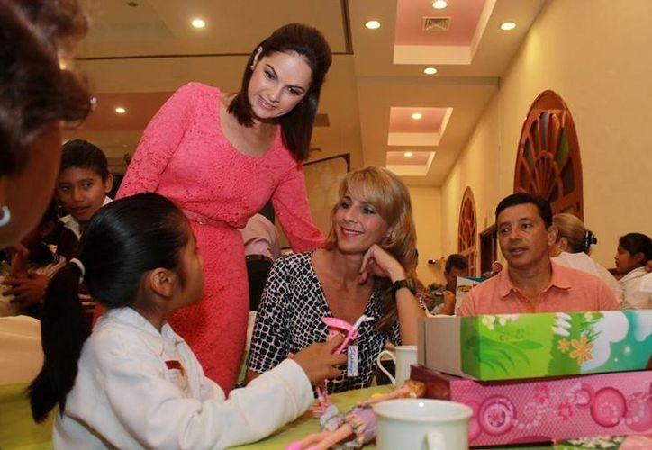Benefician a cientos de niños con la aportación de los patrocinadores. (Cortesía/SIPSE)