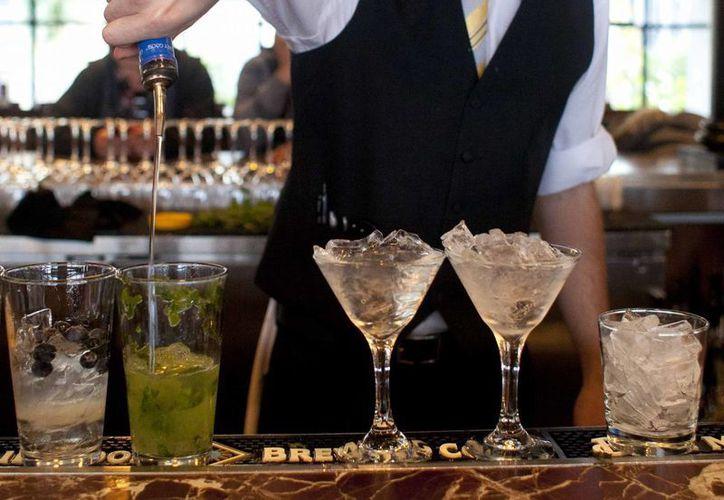 No es realmente una sorpresa que el fuerte consumo de alcohol afecta las capacidades del cerebro. (Agencias)