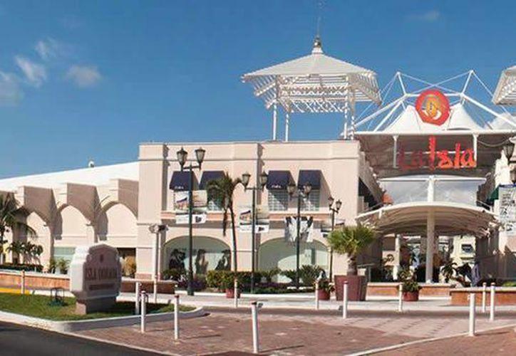 La construcción de la segunda etapa de plaza La Isla de Cancún ha sido rechazada en dos ocasiones. (Contexto/Internet)