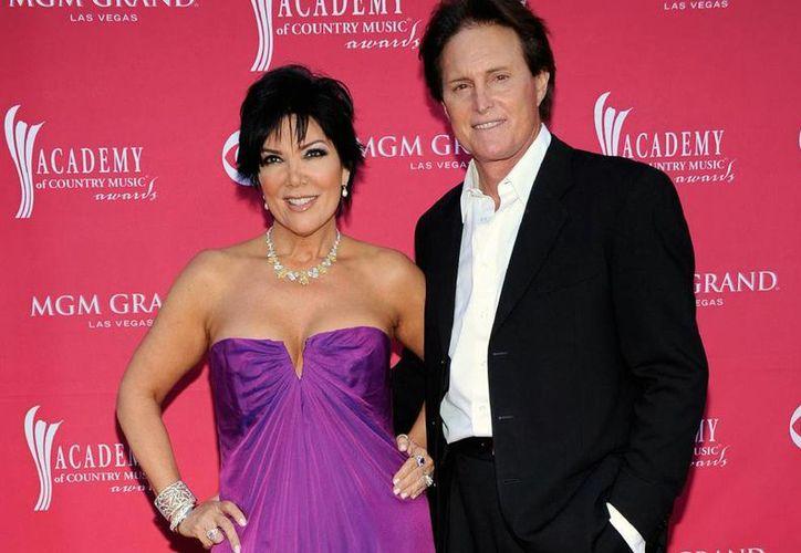 Kris Jenner decidió poner fin a su matrimonio de 22 años con el medallista olímpico Bruce Jenner. (AP)