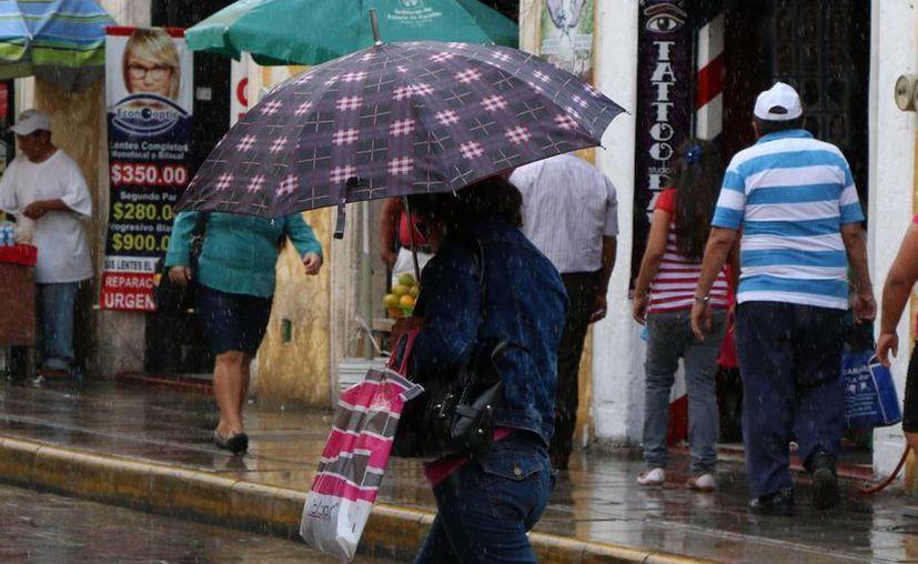 Mientras que las temperaturas se mantendrán calurosas en Yucatán, se pronostica que lloverá. (Foto: José Acosta/SIPSE)