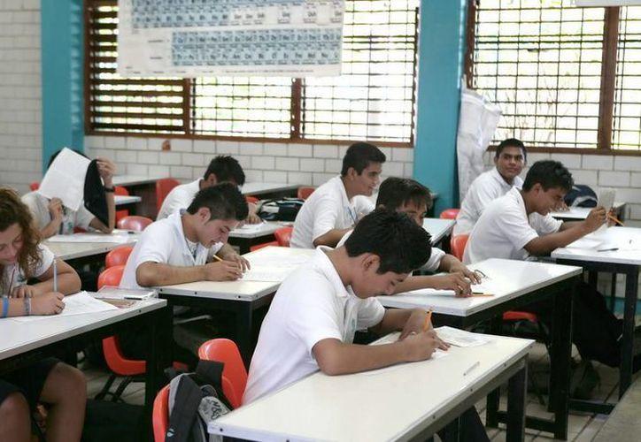 Alrededor de 18 mil estudiantes de nivel medio superior en Benito Juárez regresarán mañana a clases. (Cortesía/SIPSE)