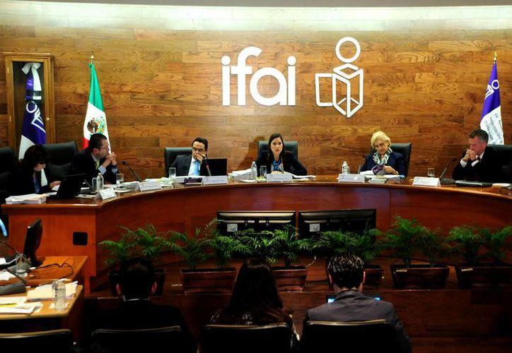 El IFAI asegura que  los partidos políticos cumplen una función trascendental en la democracia. (Archivo/Notimex)