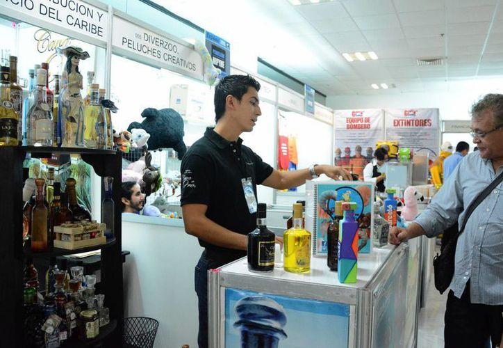 Los productos que se presentan cubren todos los sectores. (Victoria González/SIPSE)