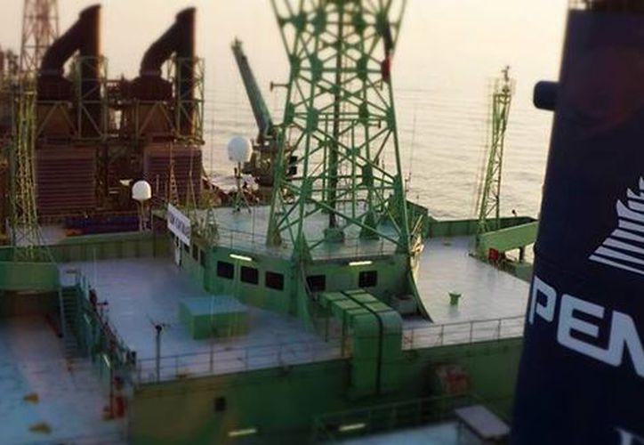 De acuerdo con datos de Pemex, la producción de crudo en aguas territoriales registró un descenso de 16.14 por ciento durante el primer semestre del año. (pemex.com)