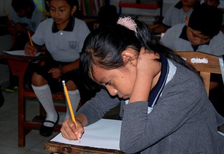 En los próximos 3 días, alumnos de 3 a 6 grados de primaria presentan la prueba Enlace. (Wílberth Argüelles/SIPSE)