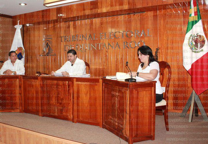 En caso de la credibilidad del juicio político, los magistrados del Teqroo podrían dejar sus cargos. (Foto: Redacción)