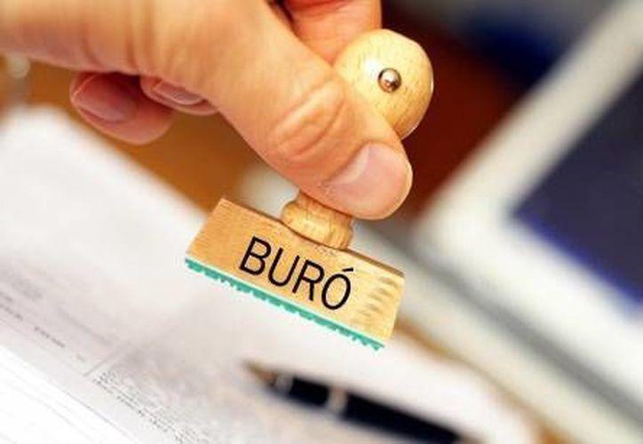 La Condusef advierte sobre una página que defrauda con el pretexto de eliminar el historial negativo del Buró de Crédito. (Contexto/Internet)