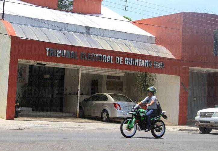 Legisladores de Quintana Roo proponen renovar los cargos de contralor del Teqroo y del Ieqroo, aunque los titulares de estos puestos se niegan. (Joel Zamora/SIPSE)