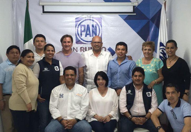 """Resalta Eduardo Pacho el trabajo emprendido por los candidatos de la Coalición """"Por Quintana Roo al Frente"""". (Redacción/SIPSE)"""